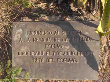 Plaque marking the <i>Monument to the Maroon</i>