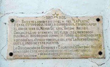 Plaque commemorating General Antonio Maceo's presence in Cienfuegos, Cuba.