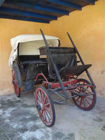 Nineteenth-century carriage